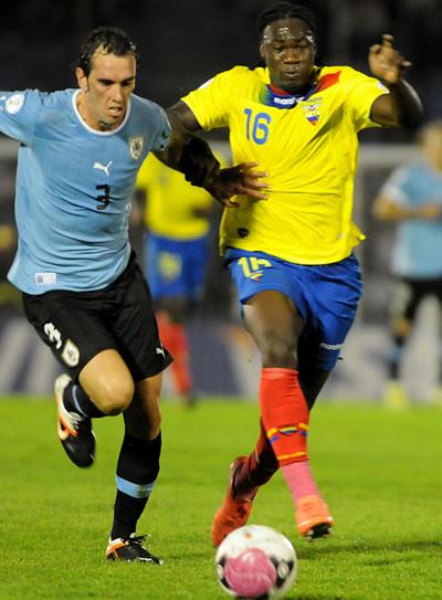 Godín dice que la selección uruguaya pasa por