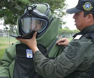 Ejército desactiva carro bomba en Morales, Cauca