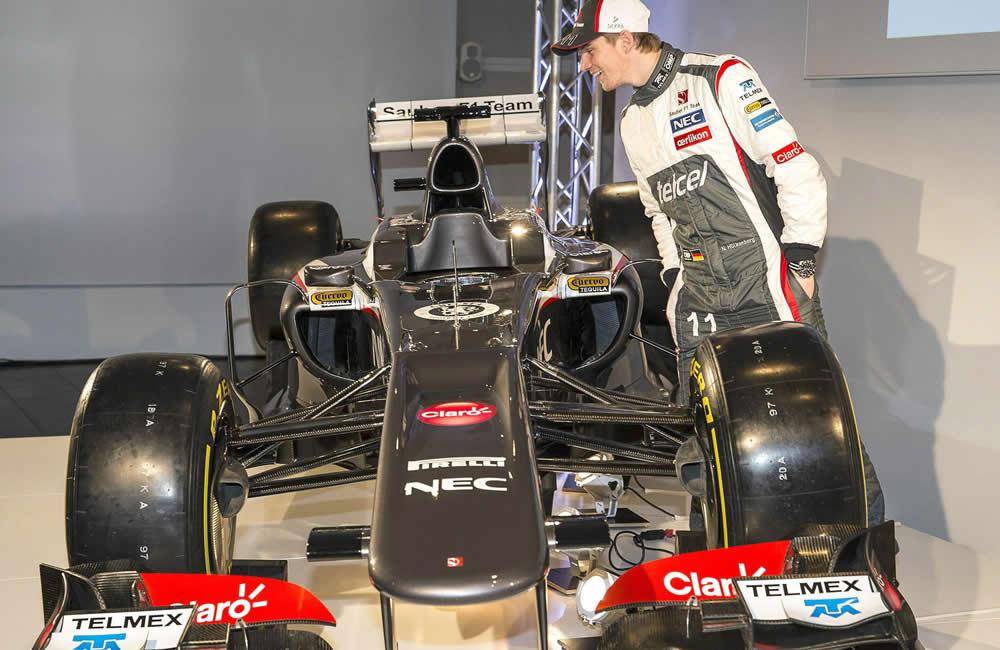 Sauber presenta el C32 con una evolución en el diseño y dos nuevos pilotos