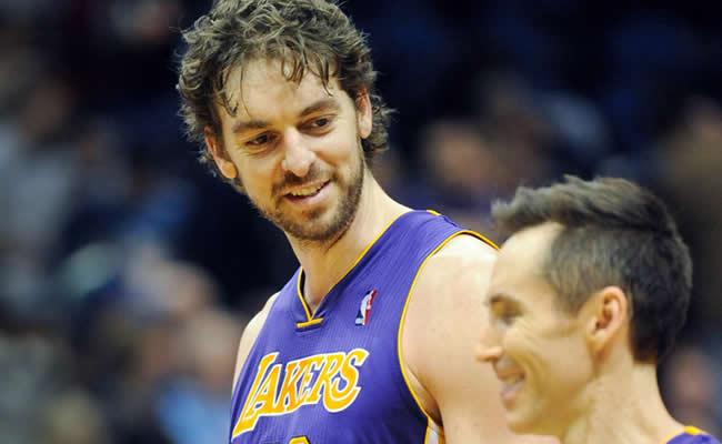 Gasol fue el héroe y salvador de los Lakers ante Pistons, sin Calderón