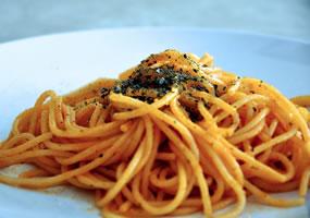 Espaguetis picantes con pimentón