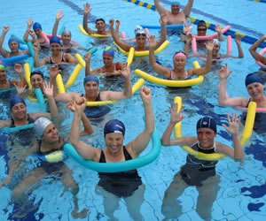 Descubre los beneficios de practicar el aquagym