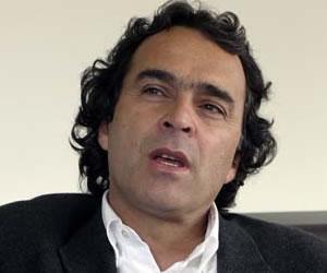 """""""Colombia debe prepararse para la paz con las Farc"""": Farjardo"""