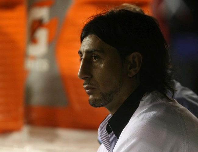 Despiden a Cristián Díaz del Iquique chileno tras amenazas de hinchas