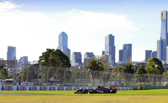 La clasificación para el Gran Premio de Australia, aplazada por lluvia