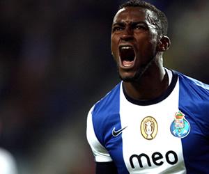 Jackson Martínez extiende su contrato con Oporto