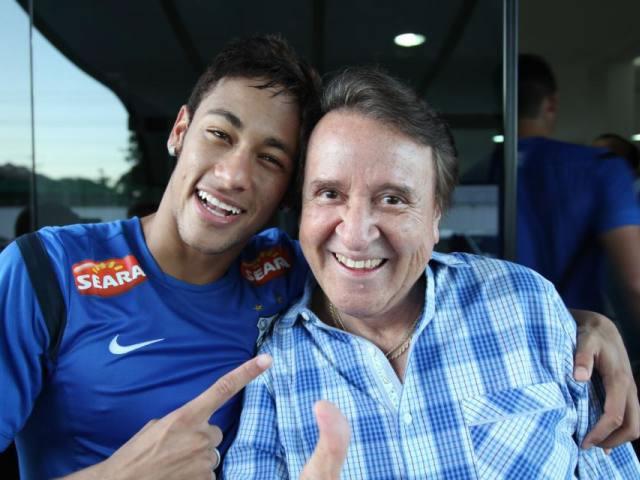 Neymar conoce a 'Kiko', su ídolo de infancia, durante práctica del Santos
