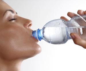 ¿Sabía que una persona puede vivir sin hidratarse solo 3 días?