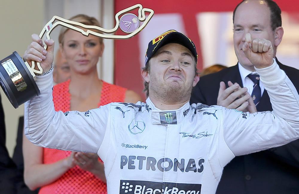 El piloto alemán Nico Rosberg se coronó campeón del Gran Premio de Mónaco. Foto: EFE