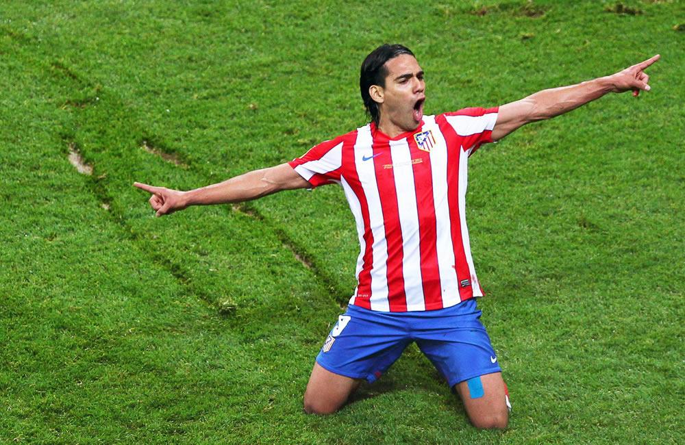 Falcao García celebra un gol al Athletic de Bilbao en la final de la Liga Europa 2012. Foto: EFE