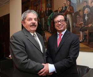 Petro y Lula hablan del proceso de paz colombiano y de pobreza