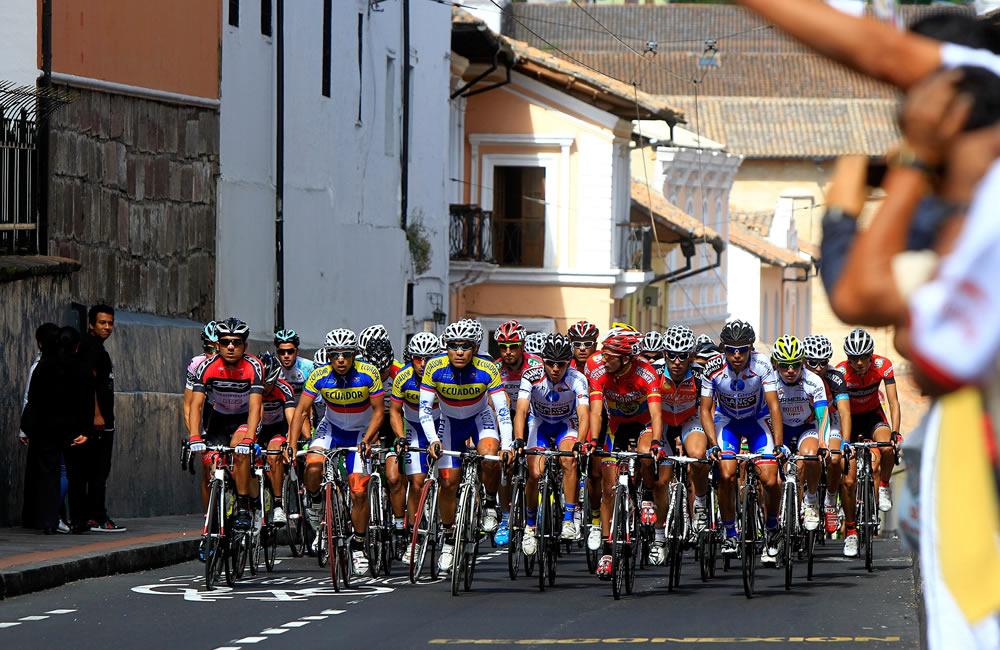 En Ecuador se disputó la primera etapa de la Vuelta a Colombia