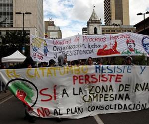 Gobierno reconoce 'buena disposición' de campesinos para dialogar