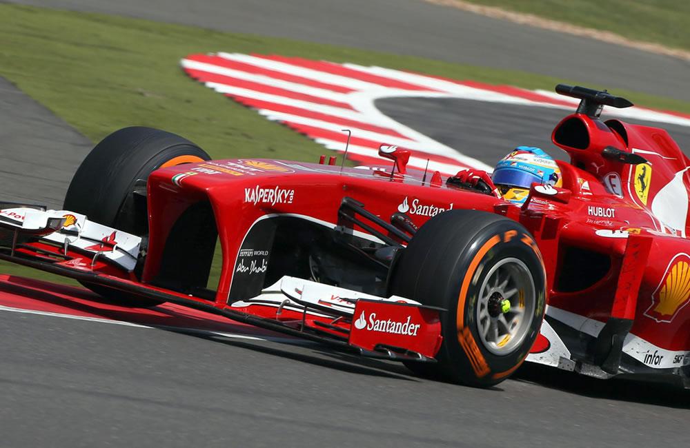 El piloto español Fernando Alonso durante el Gran Premio de Gran Bretaña. Foto: EFE