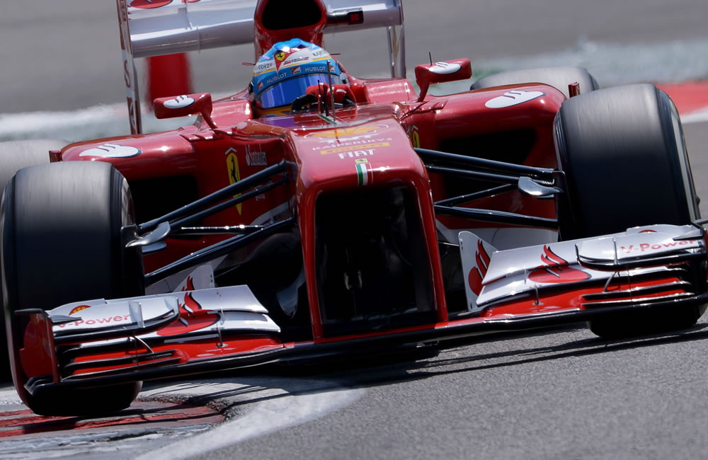 El piloto español Fernando Alonso durante la clasificación el Gran Premio de Alemania. Foto: EFE