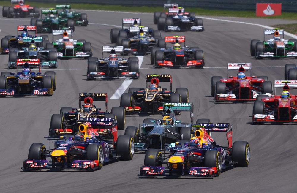 Los pilotos durante la salida del Gran Premio de Alemania. Foto: EFE