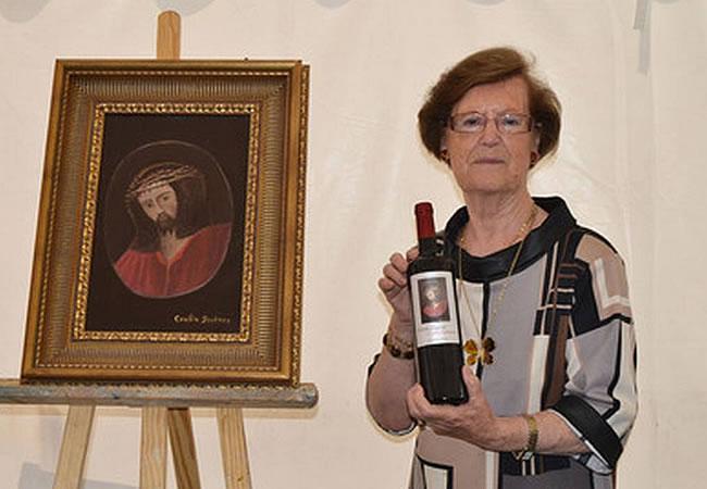 Cecilia Giménez ya tiene su vino con un Ecce Homo. Foto: EFE