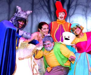 La Bella y la Bestia, color, música y magia en una obra tierna y divertida