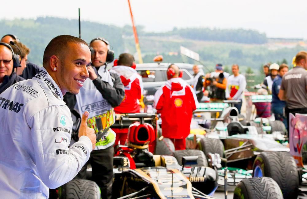 El piloto británico Lewis Hamilton saldrá primero en la grilla de partida del Gran Premio de Bélgica. Foto: EFE