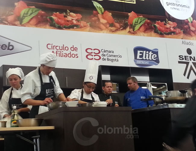 En la VII Feria de Gastronomía se midieron los Cocineros Contra Reloj