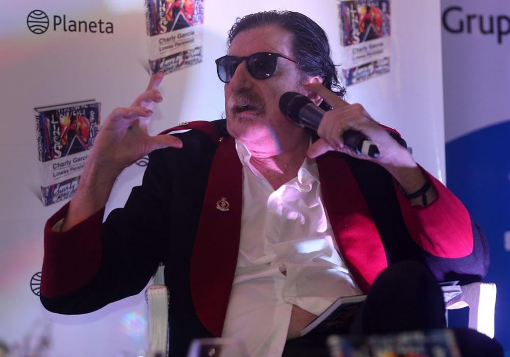 Charly García sufrió un preinfarto en Bogotá. Foto: EFE