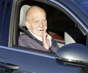 El Rey de España presenta una evolución satisfactoria tras operación