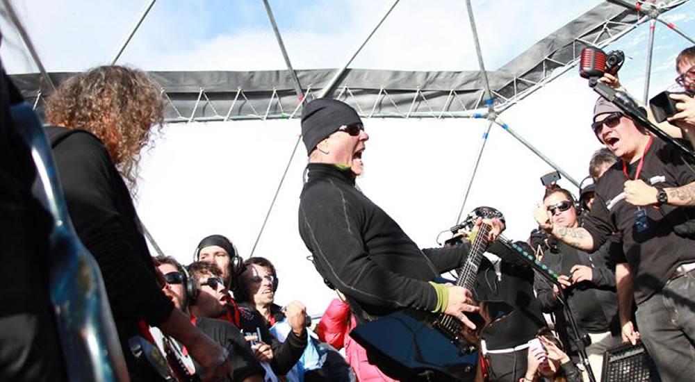 Metallica, realiza insólito concierto en la Antártida
