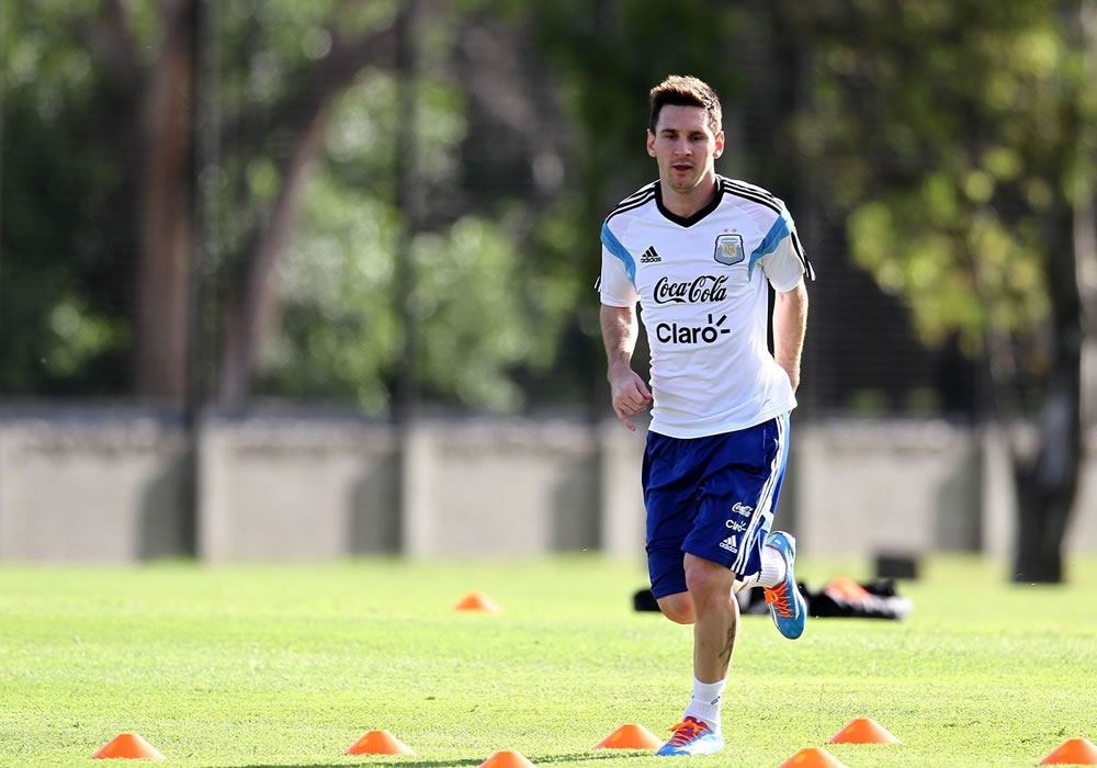 Leo Messi sigue con su recuperación en Buenos Aires. Foto: EFE