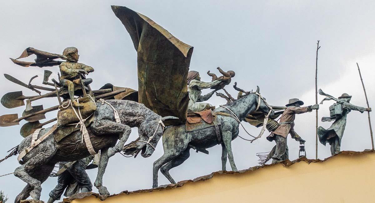 Representación de una raza que con sacrificio divisa desde lo alto la inmensidad de su espíritu . Foto: Pixabay