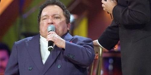 El bolerista brasileño Nelson Ned muere a los 66 años víctima de una neumonía. Foto: EFE