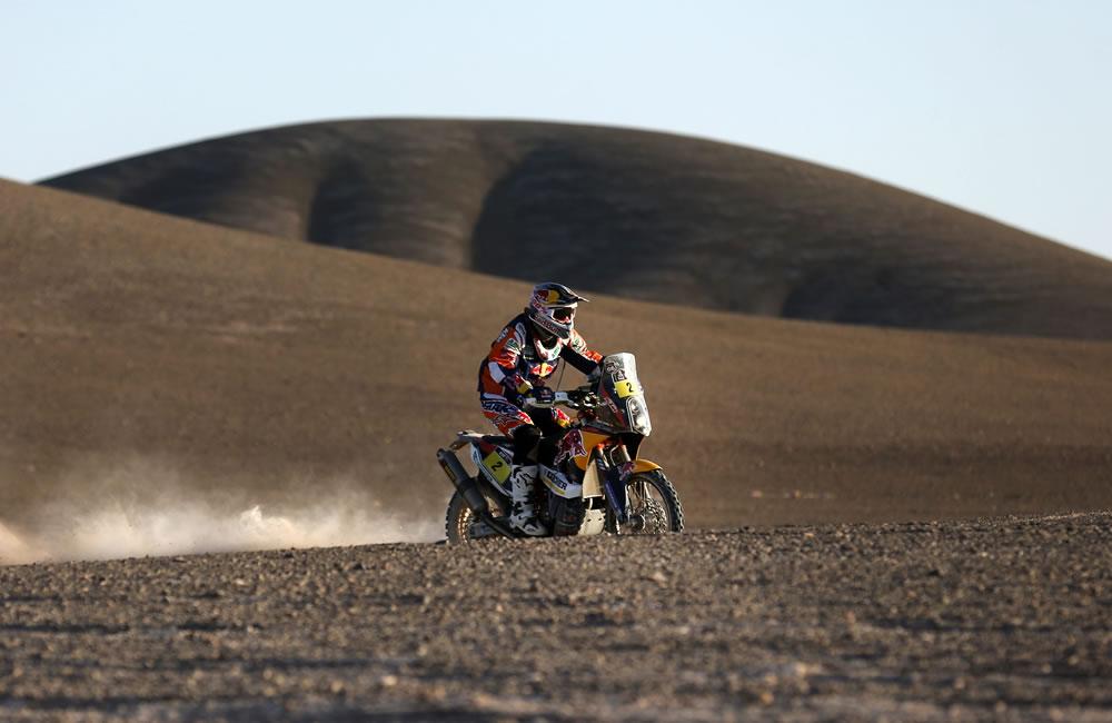 El piloto español Marc Coma en acción durante la undécima etapa del rally Dakar. Foto: EFE