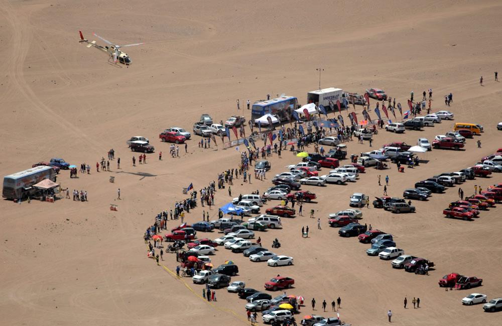 Vista general de la llegada de la etapa duodécima del Rally Dakar. Foto: EFE