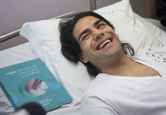 Falcao aún está en una clínica de Portugal. Foto: EFE