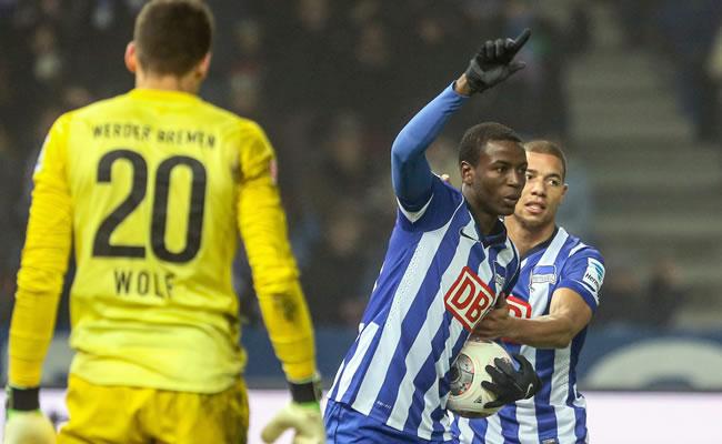 Según prensa alemana, Adrian Ramos arregló con Borussia Dortmund. Foto: EFE