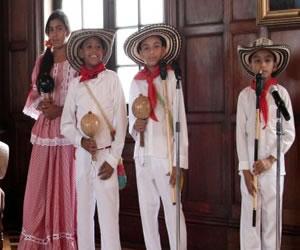 Grupo musical de niños gaiteros de Colombia visitarán Islandia y Francia