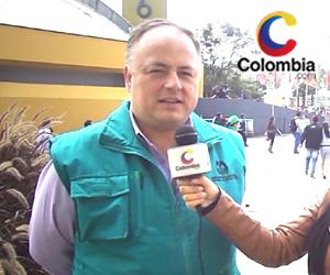 César Mendieta, Funcionario de la Registraduría