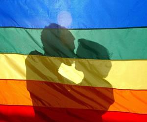 Detectan un raro caso de transmisión sexual del VIH entre dos mujeres