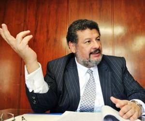 El abogado Jaime Granados deberá pagar 48 horas de cárcel
