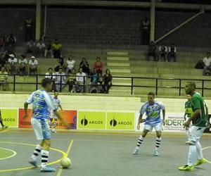 Deportivo D'Martin vs. Deportivo Lyon, un duelo de historia