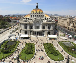 Homenaje a Gabriel García Márquez en México