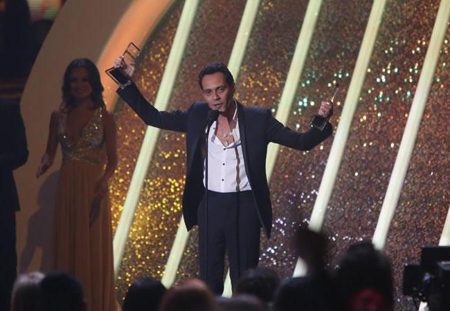 Marc Anthony se corona como rey de la música latina con diez premios