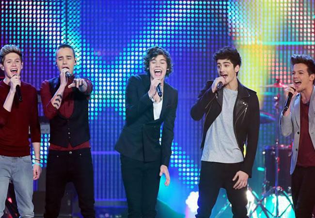 One Direction es aclamada en el lanzamiento de su gira mundial en Bogotá