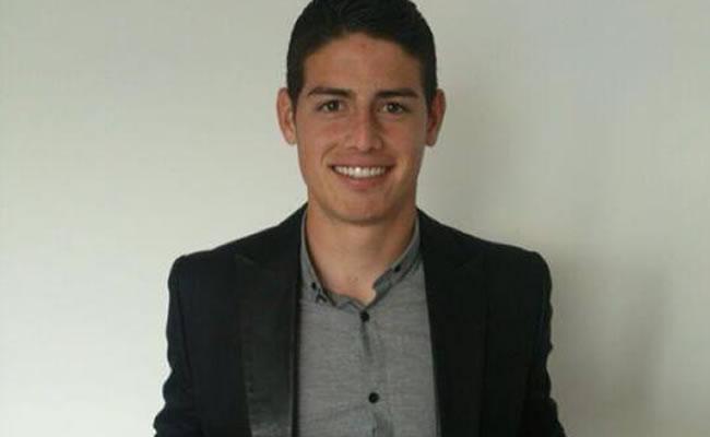 El jugador colombiano James Rodríguez opta al Trofeo UNFP al mejor jugador de Francia. Foto: Facebook