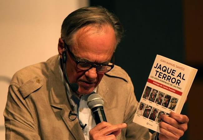 El escritor Fernando Vallejo en la 27 Feria Internacional del Libro de Bogotá. Foto: EFE