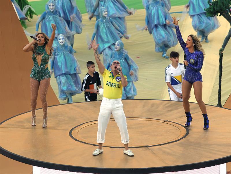 JLo, Pitbull y Leitte hicieron vibrar a aficionados del Mundial