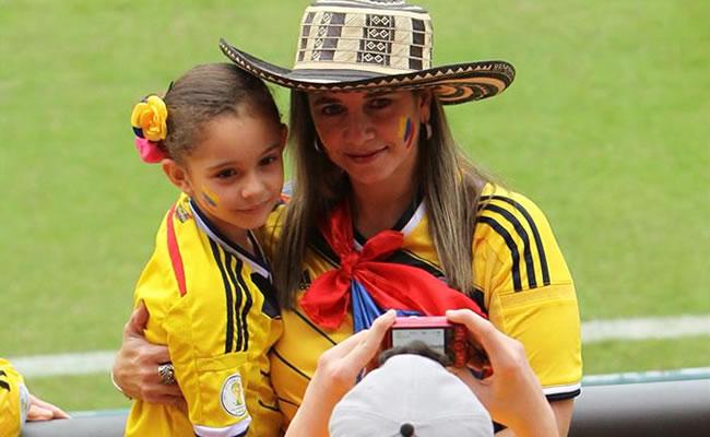 Colombia pone en servicio cuatro consulados móviles en Brasil por el Mundial. Foto: EFE