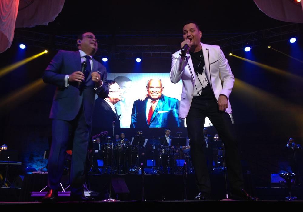 Santa Rosa y Víctor Manuelle recuerdan a Cheo Feliciano en concierto
