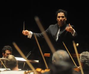 """Colombiano toma el mando de Orquesta Sinfónica de Houston con """"orgullo"""""""