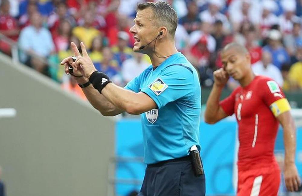 El arbitro holandés Bjorn Kuiper. Foto: EFE
