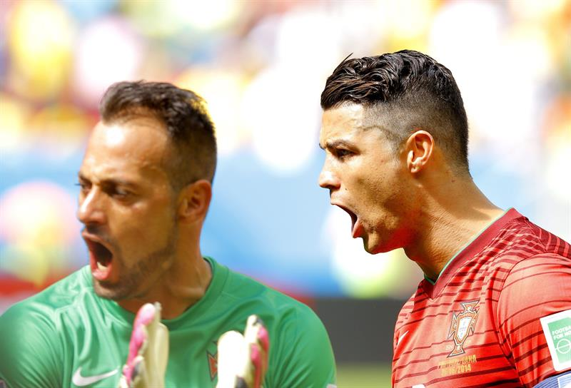 Cristiano Ronaldo (R) and goalkeeper Beto of Portugal before the FIFA World Cup 2014 group G. Foto: EFE
